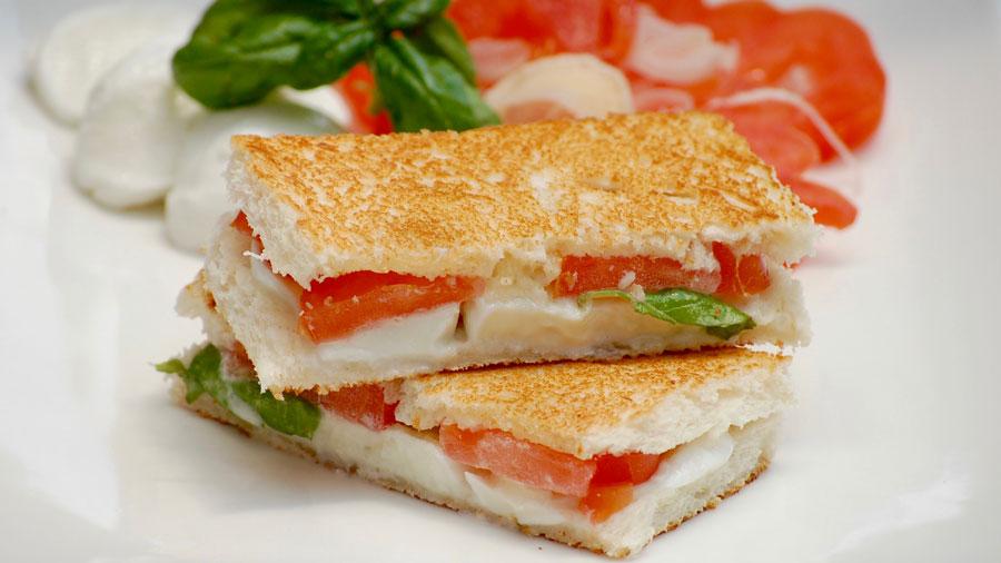 pomodoro-e-mozzarella