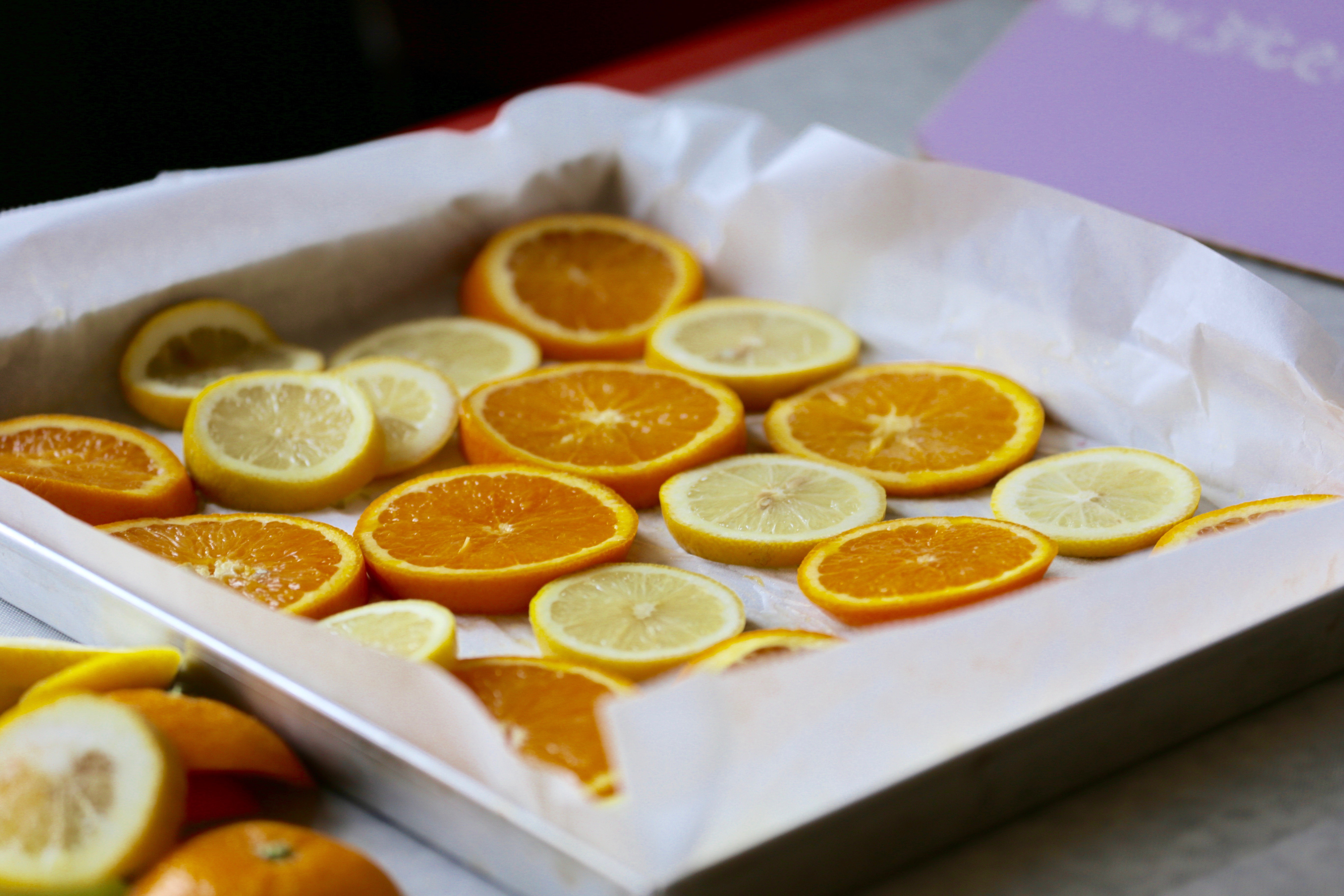arance e limoni a fette