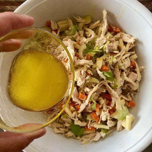 insalata-di-pollo-condimento